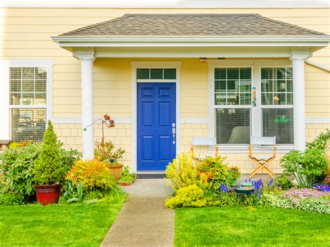 9 simple tips to Feng Shui your home Tip 1: Fix any door