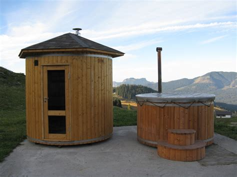 sauna bathtub barrel saunas wood fired hot tubs wooden hot tubs and barrel saunas