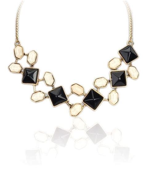 Accessorise With Some Beautiful Necklaces by 17 Best Images About Accessorize Your Fabulous New Look
