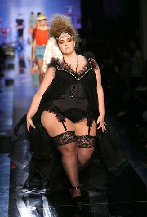 defile young models jean paul gaultier using size 20 models