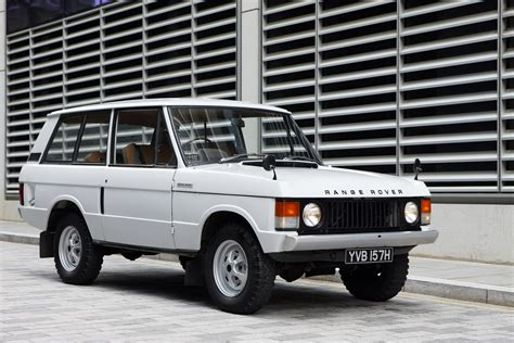 land rover one video 40 years of the range rover in 1 40 minutes