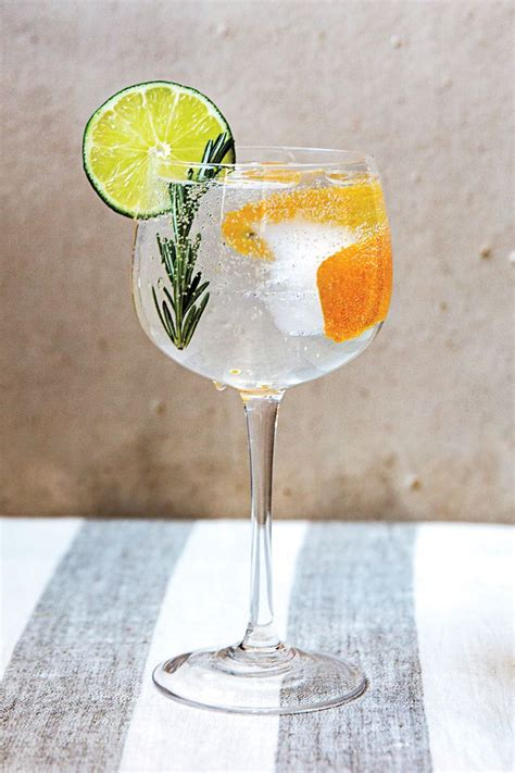Pretty Cocktail Glasses 17 Best Ideas About Gin And Tonic Glasses On