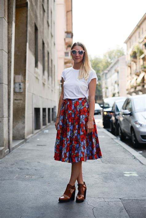 summer work outfit idea  floral skirt  white  shirt