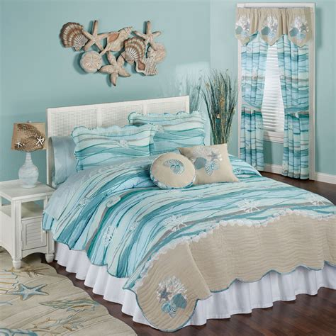 seaview coastal quilt set