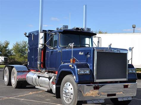Mack Superliner Sleeper by 1987 Mack Superliner Rw713 Price 20 000 00 Calverton
