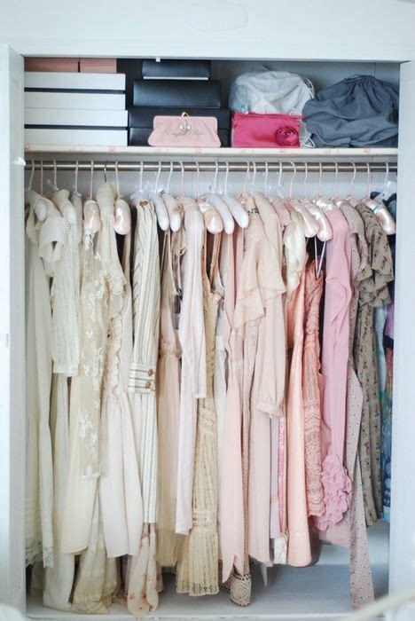Color Organized Closet by Best 25 Color Coded Closet Ideas On Color
