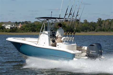 pioneer boats research 2015 pioneer boats 197 sport fish on iboats