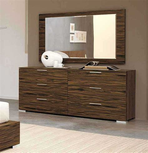 Modern Bedroom Dressers Modern Dresser With Mirror