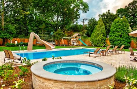 20 backyard pool design ideas for a summer