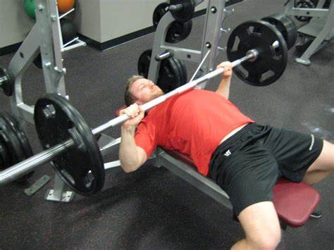 bench press pain shoulder pain from bench press personal trainer courses