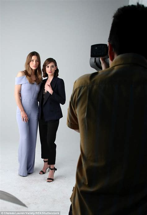 alison brie jessica biel jessica biel with alison brie at variety s actors on