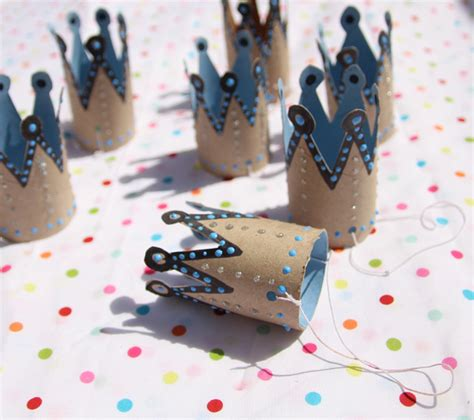 Creative Things To Make With Paper - 25 things you can make from empty toilet paper rolls diply