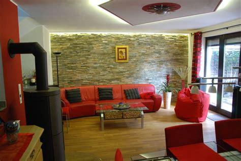 Indirekte Beleuchtung Steinwand by Wohnzimmer Steinwand Beleuchtung 97 Jpg 968 215 648 Haus