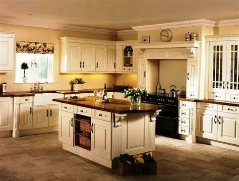 colored cabinets 25 best ideas about colored kitchens on