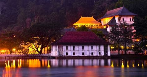 places  visit  kandy   sri lankas