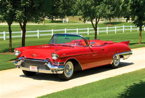classic cars convertible cadillac convertible classic pictures