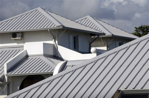 How To Roof A House by Which Roof Is Best For Home Roof Shingle Repair Fix