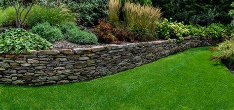 walls clc landscape design