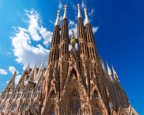 best things to see in barcelona top 6 things to see in barcelona spain lodging