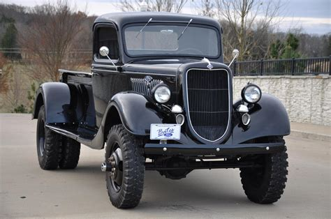 1935 Ford Pickup Sold