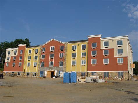 comfort inn gettysburg memorial day weekend multi colored comfort inn