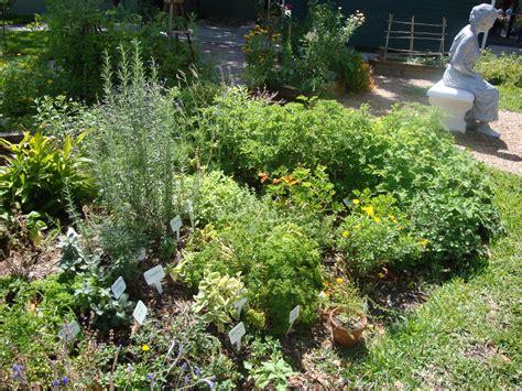 scheune grunewald vertical edible garden vertical edible garden