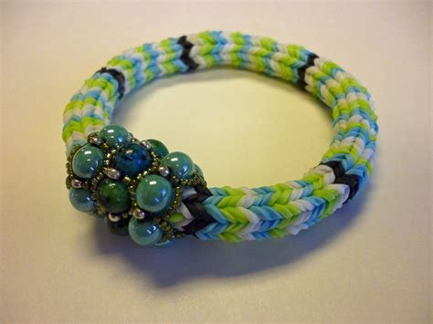 try these cool rainbow loom bracelets for accessories