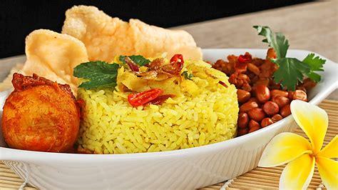 nasi kuning masuk urutan  nasi terenak  dunia versi