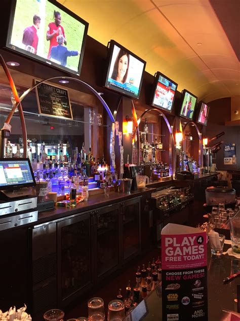dave and busters pool dave buster s 54 photos 104 reviews american