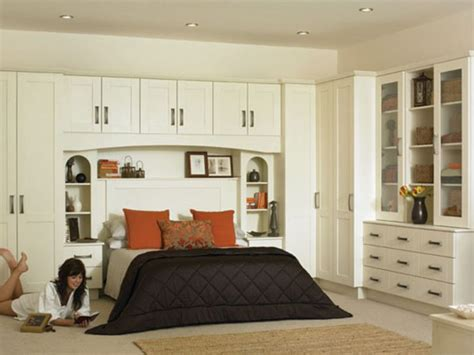 build bedroom furniture built ins are great for more storage bedroom pinterest