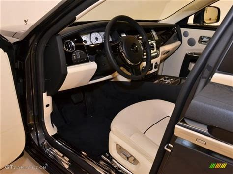 rolls royce ghost interior lights creme light black interior 2011 rolls royce ghost standard
