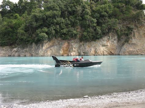rakaia jet boat jet boating rakaia gorge methven canterbury new zealand