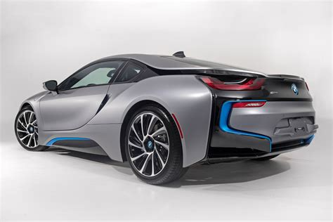 Exterior Paint Vs Interior Paint - more images of bmw i8 concours d 180 elegance edition in frozen grey