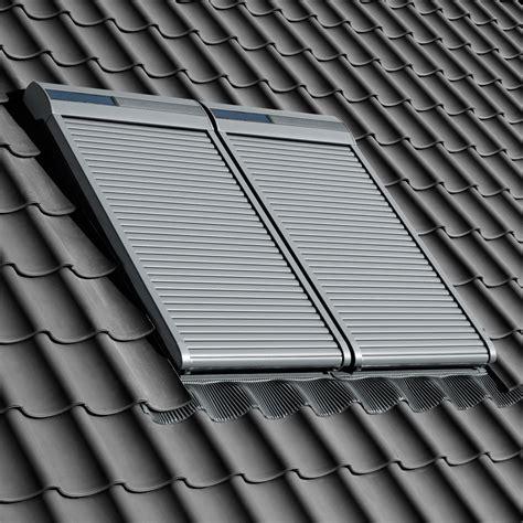 Velux Rollladen Einbau by Velux Dachfenster Rolladen Ihr Rundum Schutz F 252 Rs Ganze Jahr