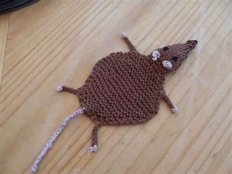 knitting pattern rat knit flat rat bookmark free pattern on ravelry knitting
