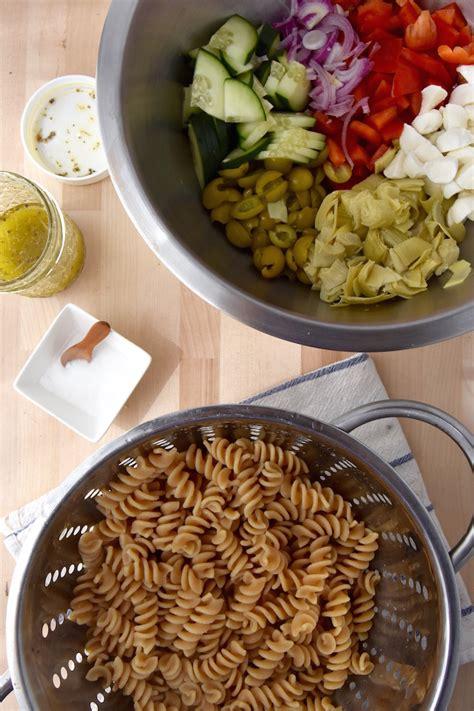 cold pasta cold pasta mozzarella u0026 tomato pesto pasta salad do