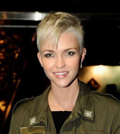 15 Pixie Cuts with Shaved Side   Pixie Cut 2015