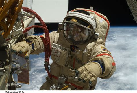 russian in space photos russian cosmonauts perform spaceref