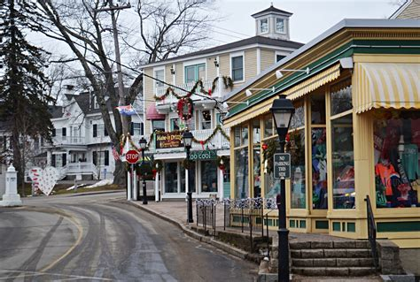 Kennebunkport Maine In Winter Paint The Town Red New The House Inn Kennebunkport Maine