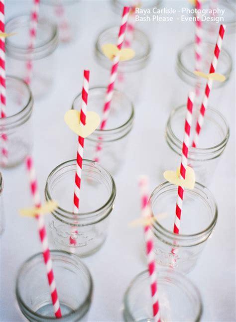 decorare tavola compleanno tavola di compleanno le cannucce decorate feste e