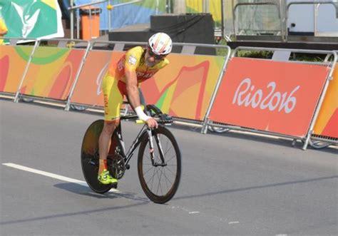 imágenes épicas de ciclismo juanjo m 233 ndez con el impulso de barcelona 92 deportes