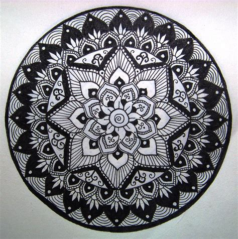 tattoo mandala artist mandala designs mandals pinterest mandala zentangle