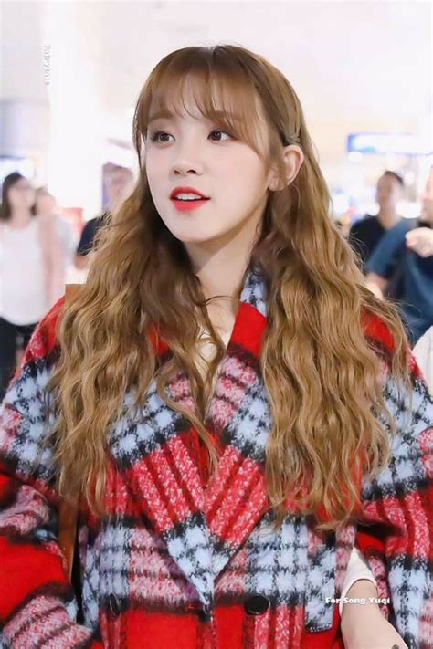 pin  whiteson voo  song yuqi   style fashion hipster