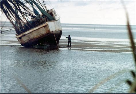 shrimp boat horseshoe florida memory lloyd quot buddy quot kight cleans the barnacles