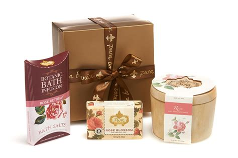 bathroom gifts aromatheraphy bath gift sets pura botanica