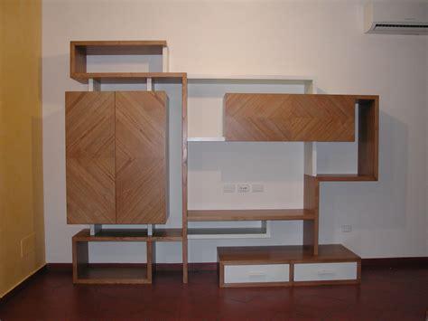 scaffali e librerie design legno librerie e scaffali in legno l arte legno