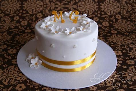Hochzeitstorte 50 Hochzeitstag by Besondere Anl 228 Sse 1 187 Eine Torte Zum Hochzeitstag In Gold