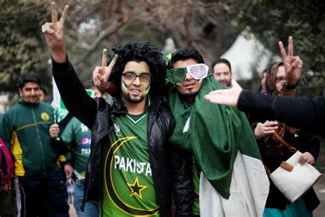 pakistan fans love thy neighbour win or lose india pakistan cricket