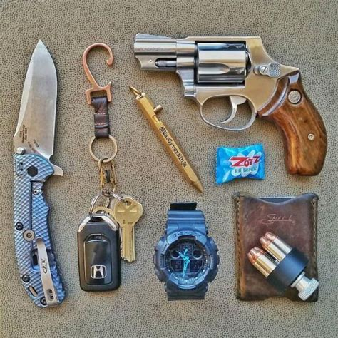edc carry gear 17 best images about edc gear on edc every