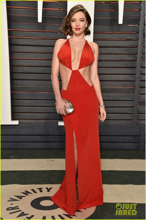 oscars ashley graham miranda kerr ashley graham are red hot models at vanity